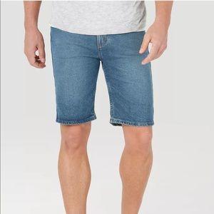Wrangler Men's Regular Relaxed Fit Jean Shorts
